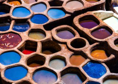 1 Bac de teinture du cuir a Fes