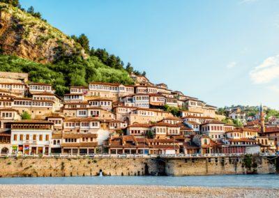 2 Berat la ville des mille fenetres Unesco