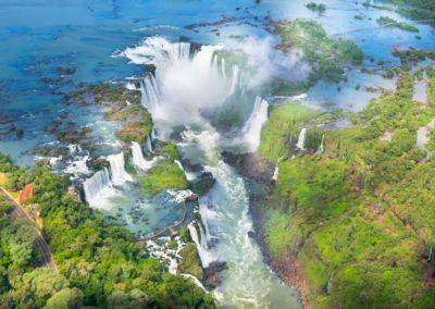 4 Vue aerienne sur les Chutes dIguacu Unesco