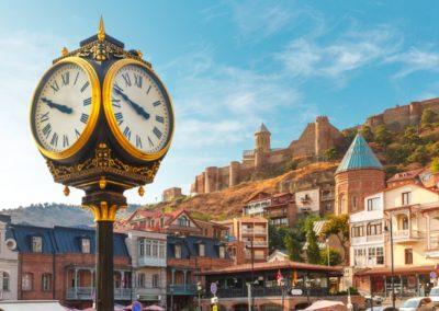 5 Horloge de la place du Vieux Meidan