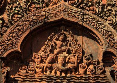 7 Gravure a Banteay Srei Unesco