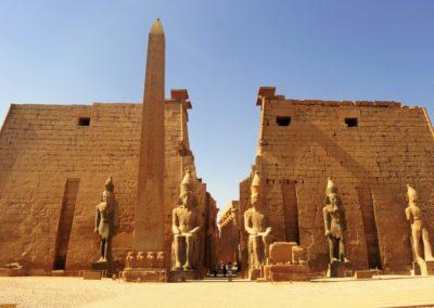 8 Entree du temple de Louxor Unesco