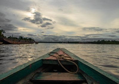 9 Barque sur lAmazone