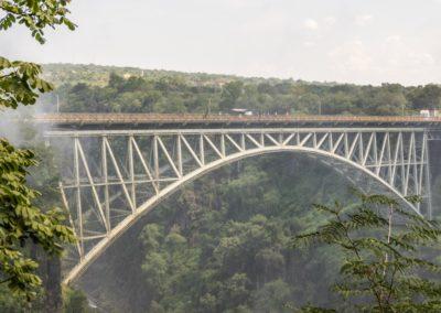 Pont frontalier sur le Zambeze