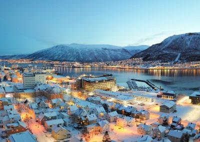 2 Vue aerienne de Tromso lhiver